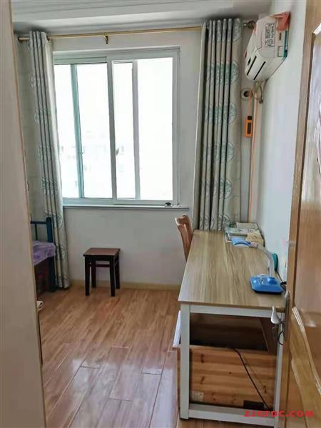 乐江新村5楼122自行车库精致82万,看中可谈
