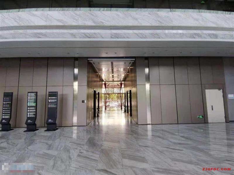 华东国际大厦166平米精装修