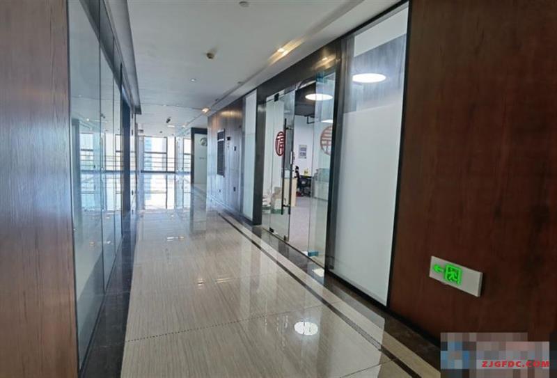 张家港金城大厦精装修5A级纯写字间200平米低价出租